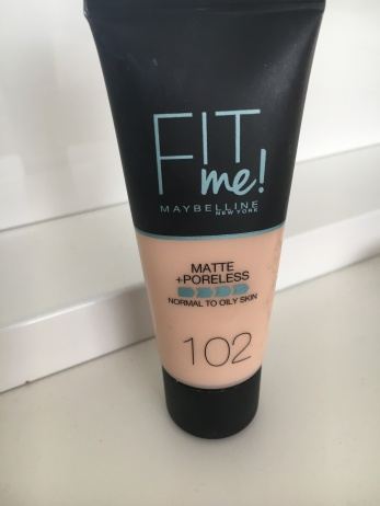 Maybelline Matte & Poreless