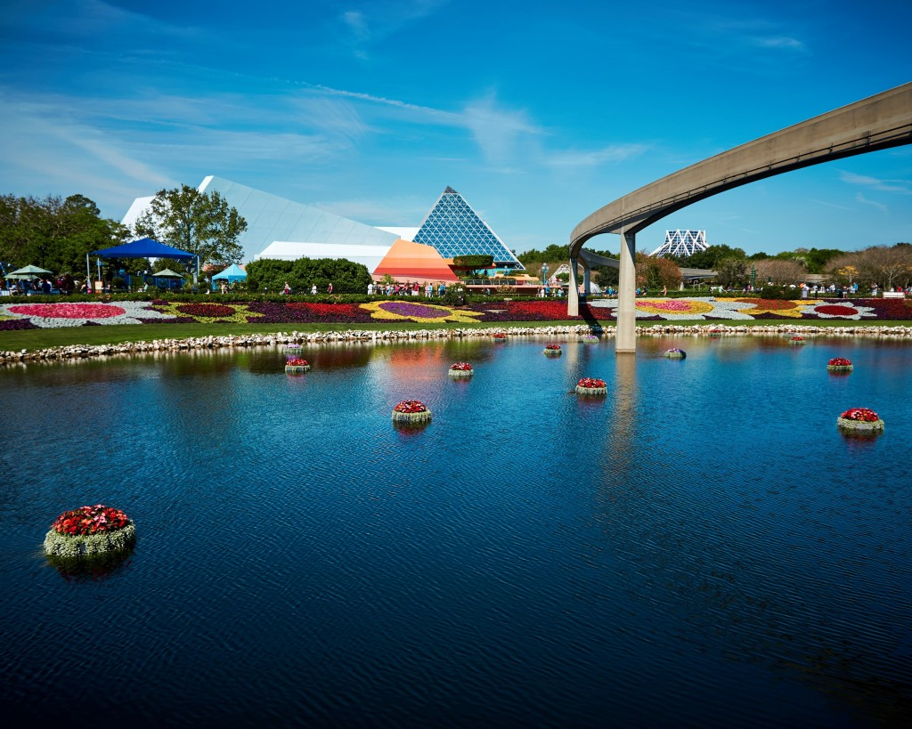 Picture of Epcot Lake, Epcot, Disneyworld Orlando