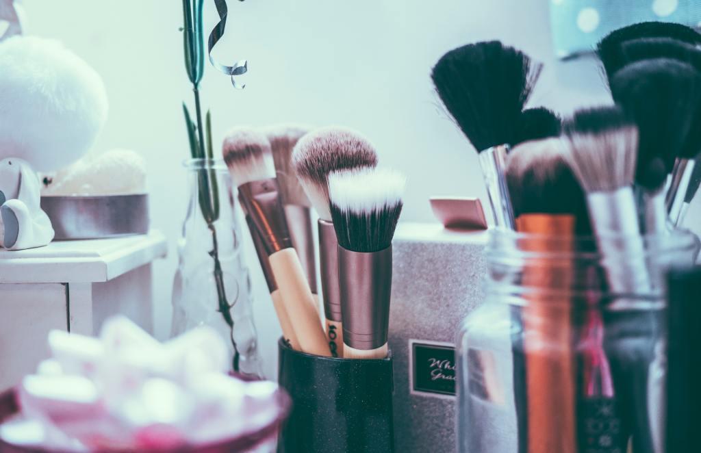 Selection of makeup brushes, makeup brush storage