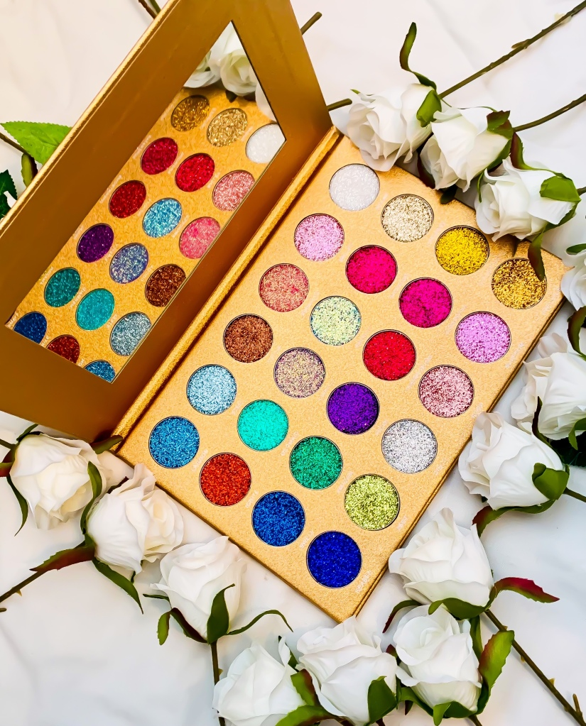Jolie Beauty Bom Dot Com Glitter Eyeshadow Palette