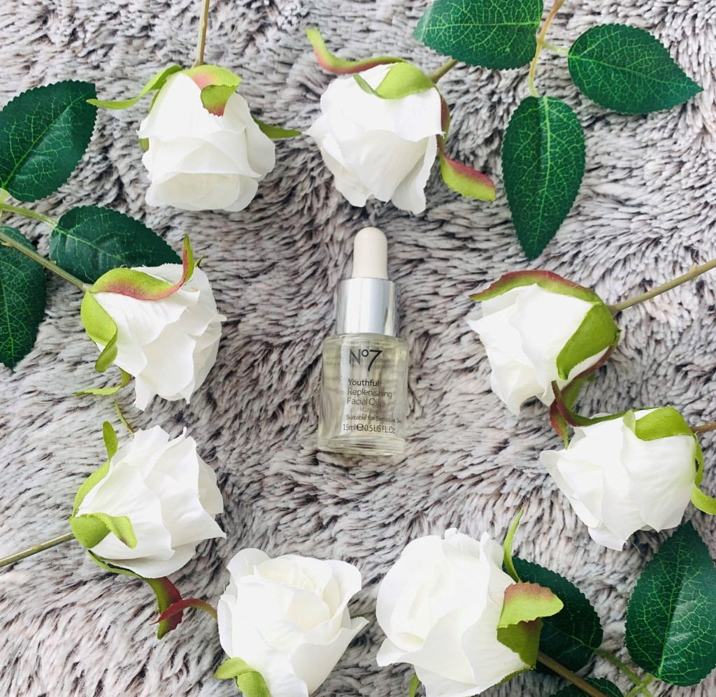 No7 Youthful Replenishing Face Oil