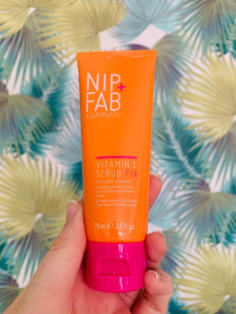 Nip & Fab Vitamin C Scrub Fix